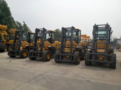 LTMG rough terrain forklifts were once again exported to Brazil in bulk